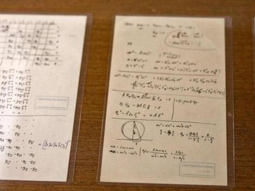 110 Naskah Einstein yang Tak Pernah Diketahui Dipamerkan di Yerusalem