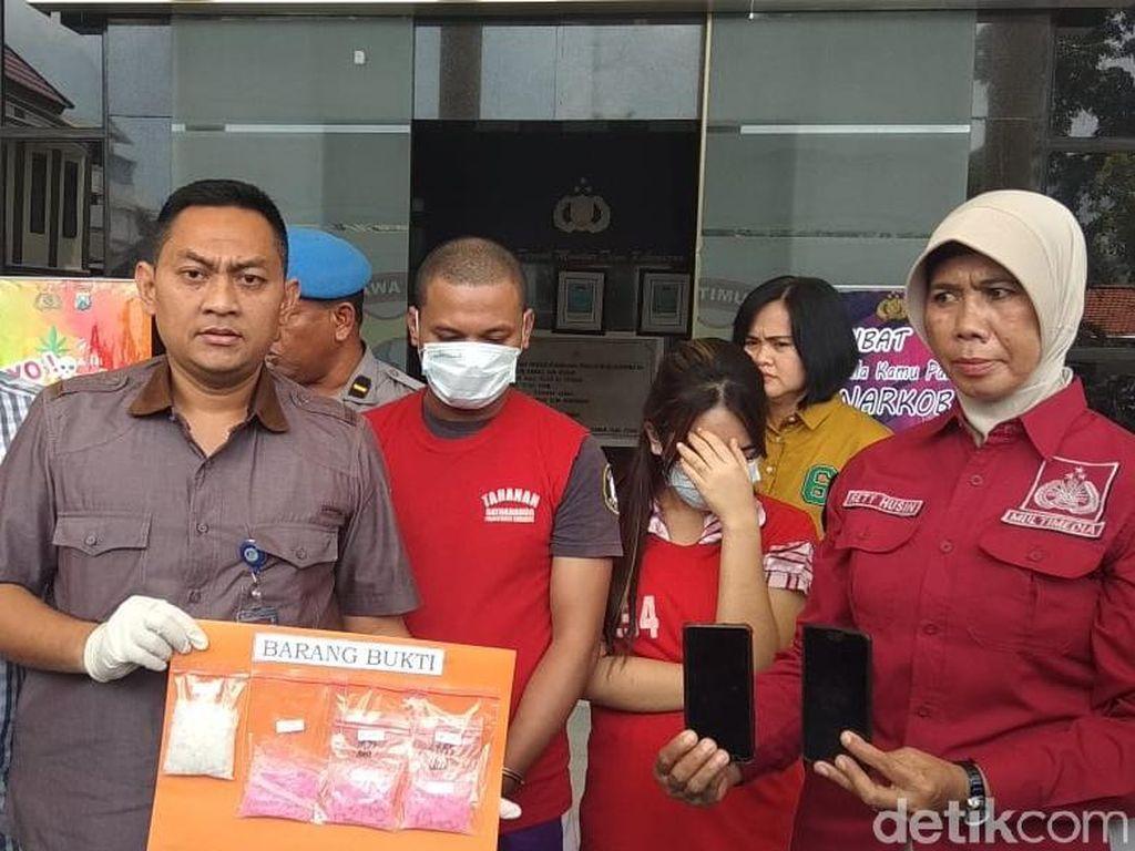 Pasangan Kekasih di Surabaya Edarkan Sabu dan Ekstasi Diringkus
