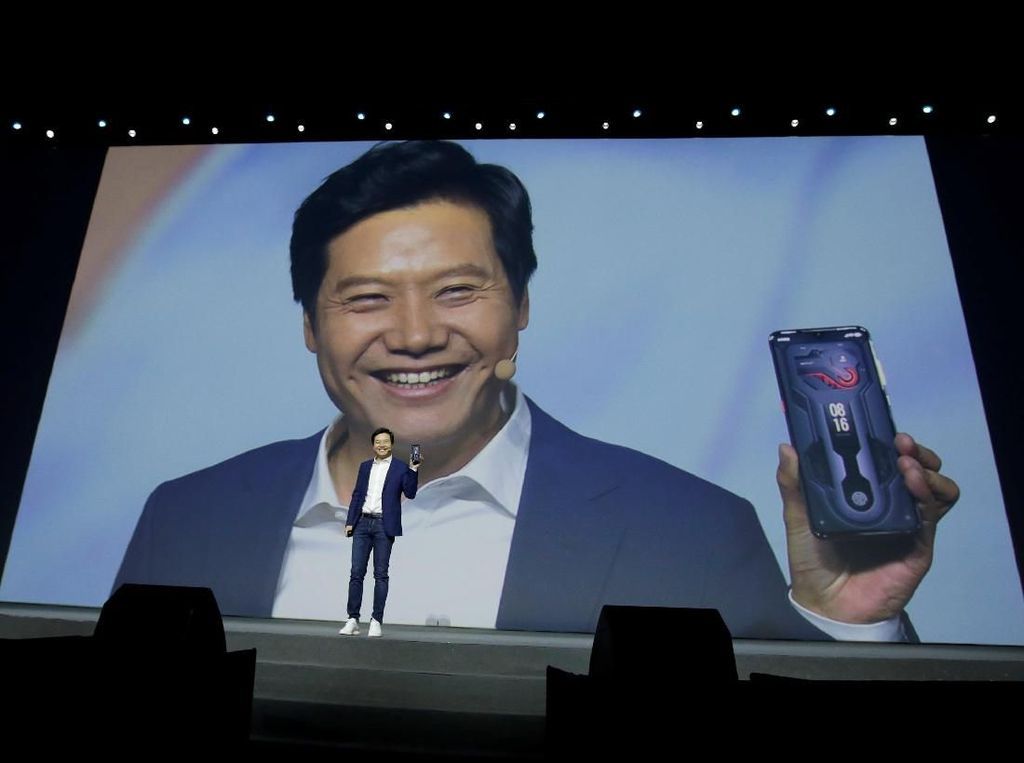 Pendiri Xiaomi Berterima Kasih Pada Huawei, Kenapa?