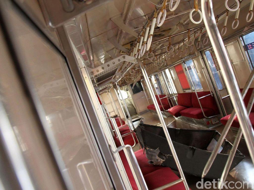 KRL Jakarta-Bogor yang Tak Terguling akan Ditarik ke Stasiun Cilebut
