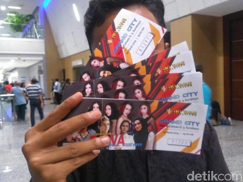 Ini Harapan Penonton Soal Konser Ahmad Dhani Hadapi dengan Senyuman