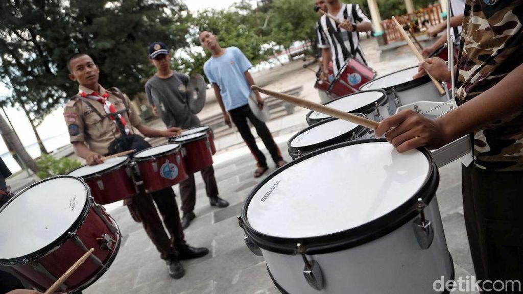 Melihat Aktivitas Pelajar di Pulau Terluar Utara Jakarta