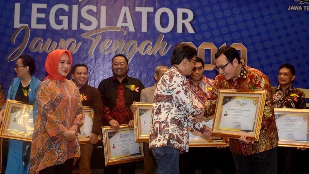 Malam Apresiasi Legislator Jawa Tengah 2019