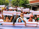 Amak-amak Pendukung Prabowo Doakan Ani Yudhoyono Cepat Sembuh