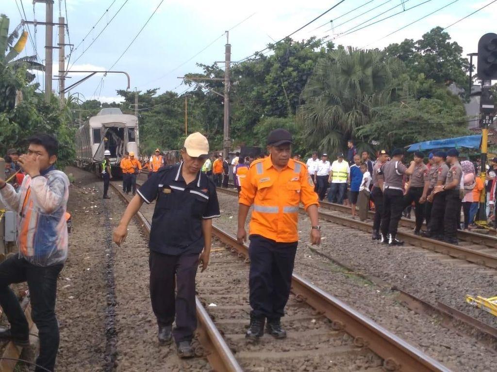 5 Gerbong KRL Anjlok di Bogor Dievakuasi