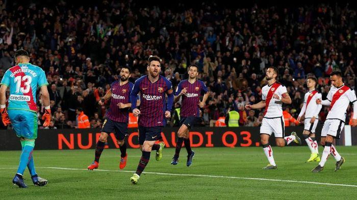 Barcelona menang 3-1 atas Rayo Vallecano (Foto: Albert Gea/Reuters)
