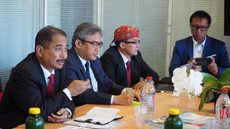 Menteri Pariwisata Arief Yahya (paling kiri) (dok Kementerian Pariwisata)