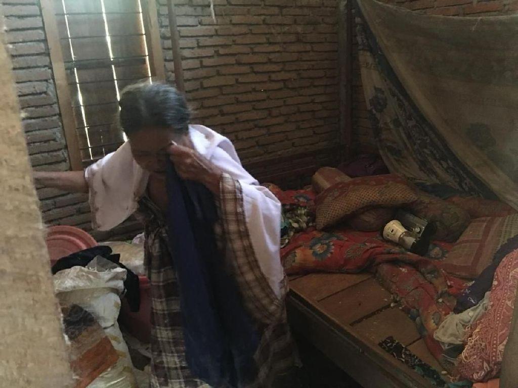 Cerita Miris Nenek Sudiah: Nyaris Buta dan Hidup di Antara Tikus
