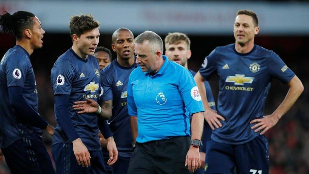 Manchester United tidak mampu melanjutkan performa apik seperti saat mengalahkan Paris Saint-Germain.
