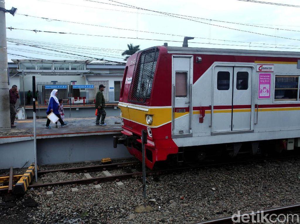 Gangguan LAA, Perjalanan KRL ke Bekasi Hanya Sampai Cakung