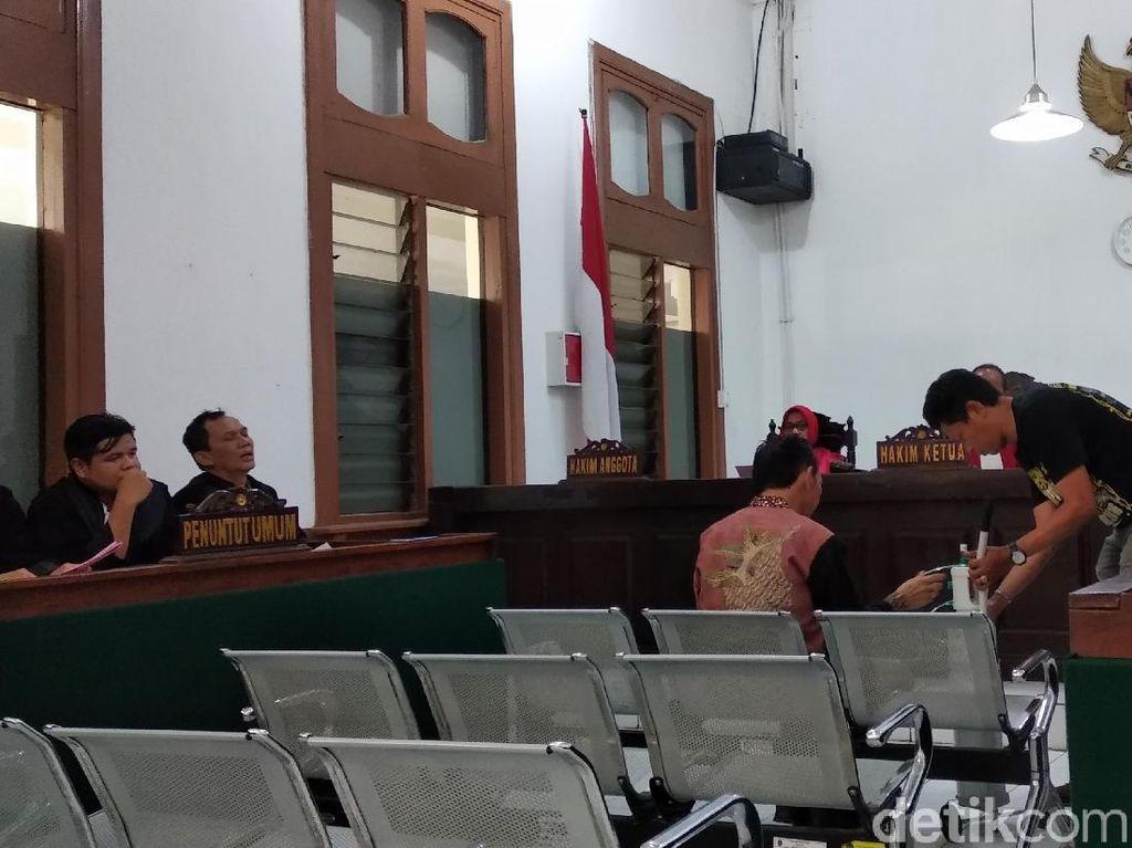 Eks Walkot Itoc Libatkan Anak di Kasus Korupsi Pasar Cibeureum