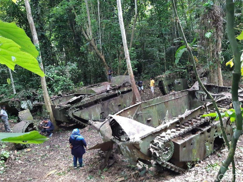 Foto: Ada Tank Perang Dunia II di Papua Barat