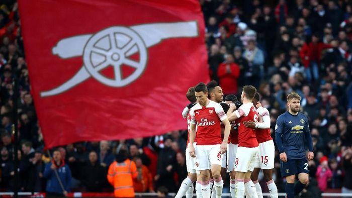 Arsenal menang atas Manchester United. (Foto: Julian Finney/Getty Images)