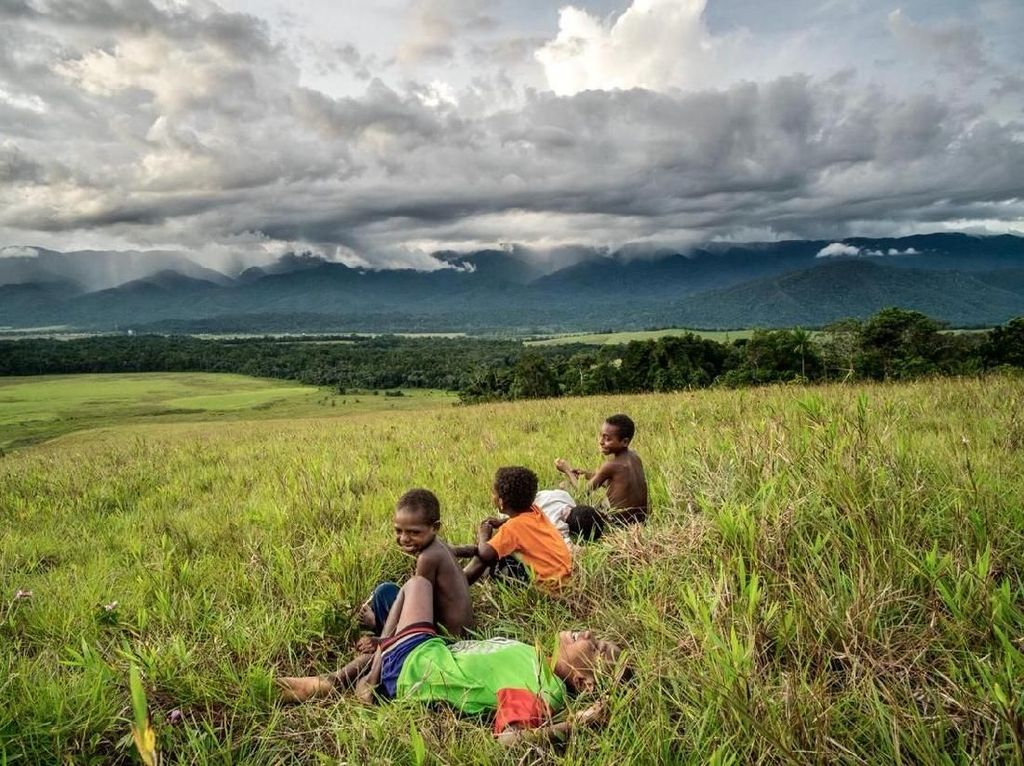 Tambrauw, Papua Barat yang Cantik Tapi Gelap