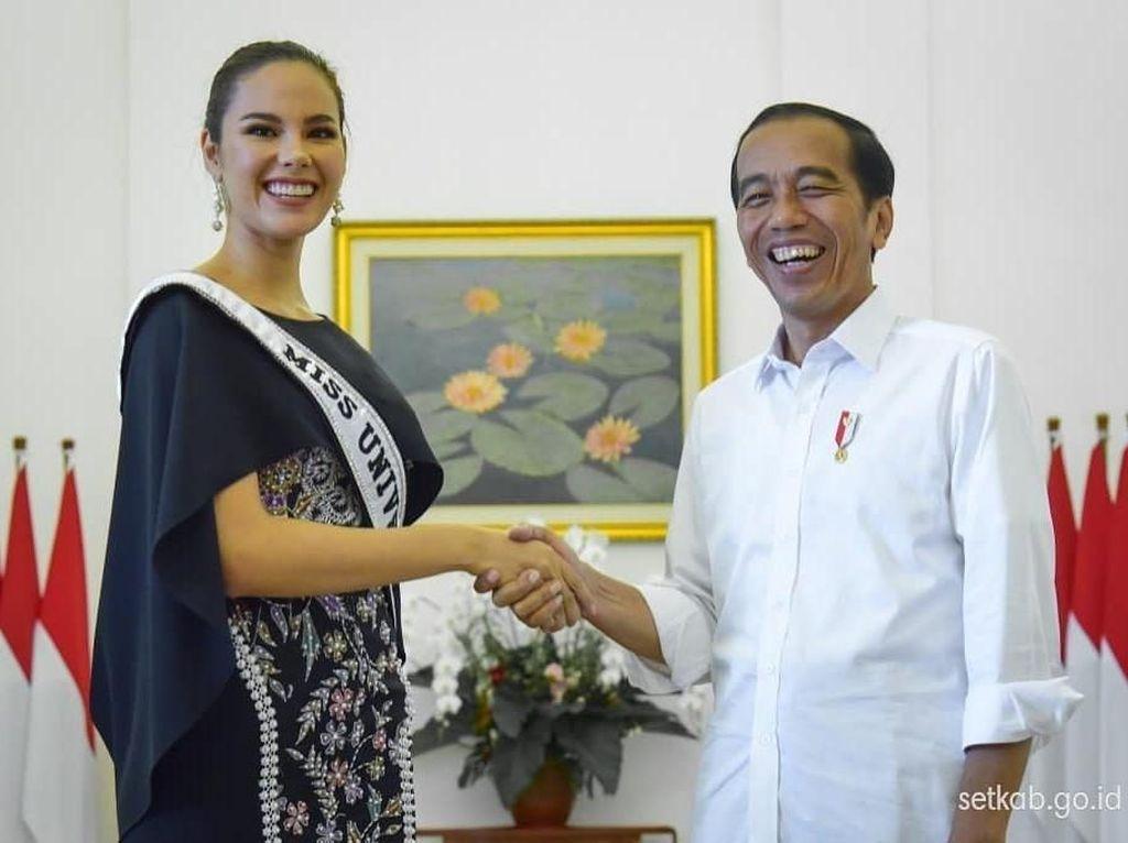 Lucu! Ketemu Miss Universe 2018, Jokowi Salah Tingkah