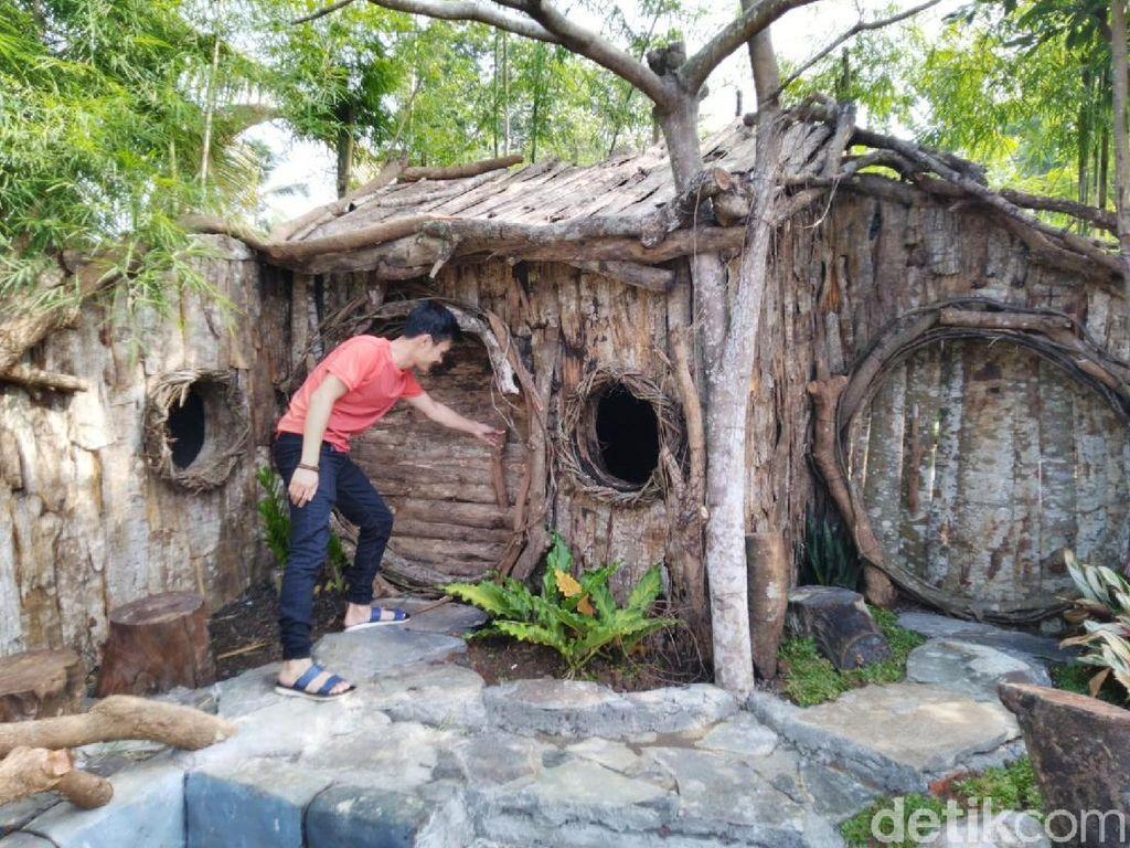 Ciamis Punya Rumah Hobbit Tapi Buat Pernikahan, Sabar Ya Mblo...