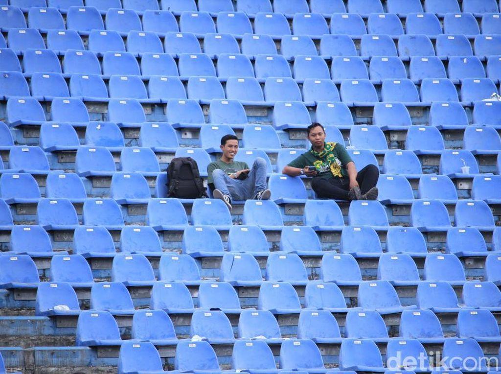 Jelang Persib Vs Perseru, Stadion SI Jalak Harupat Lengang