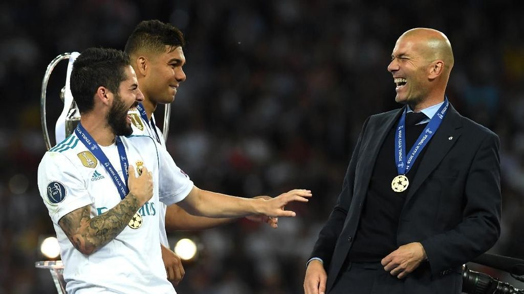 Meme: Ramai-Ramai Sambut CLBK Zidane-Madrid