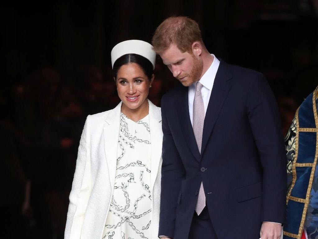 5 Momen Pangeran Harry dan Meghan Markle Dobrak Tradisi Sambut Royal Baby