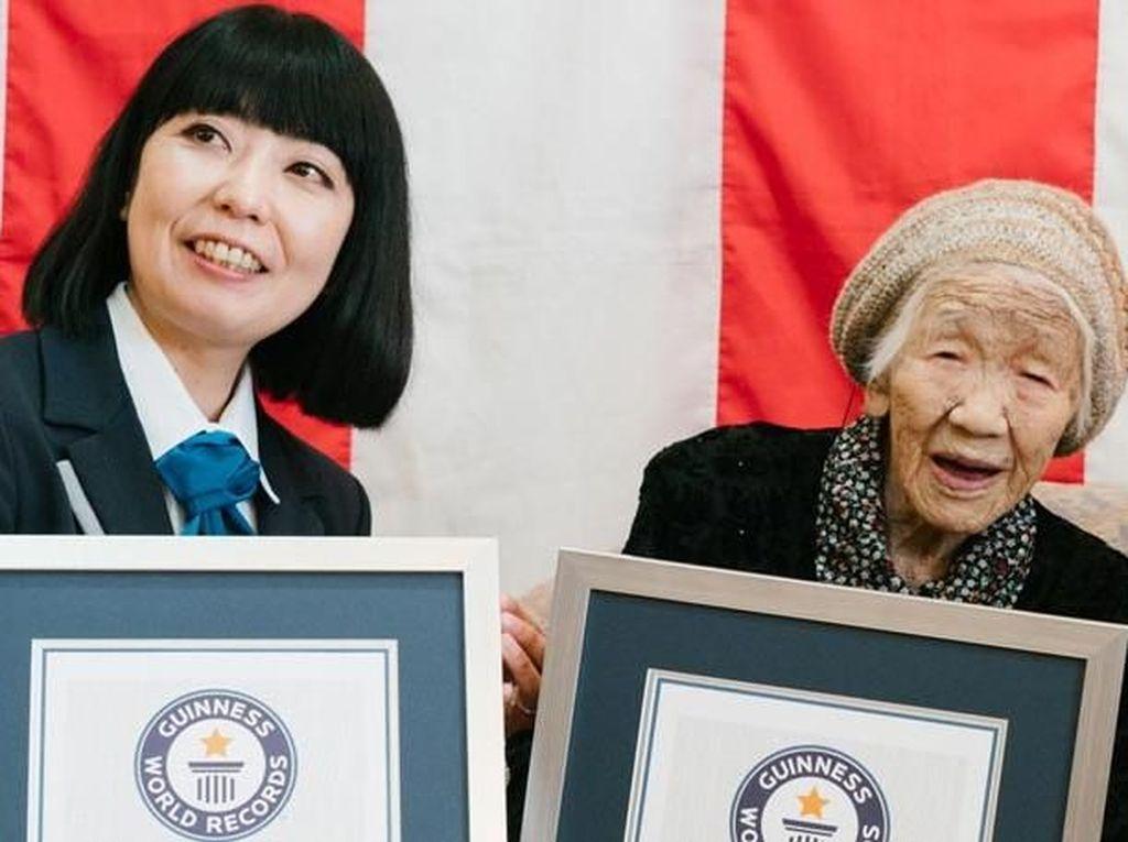 Berusia 116 Tahun, Orang Tertua Di Dunia Ini Penggemar Berat Cokelat
