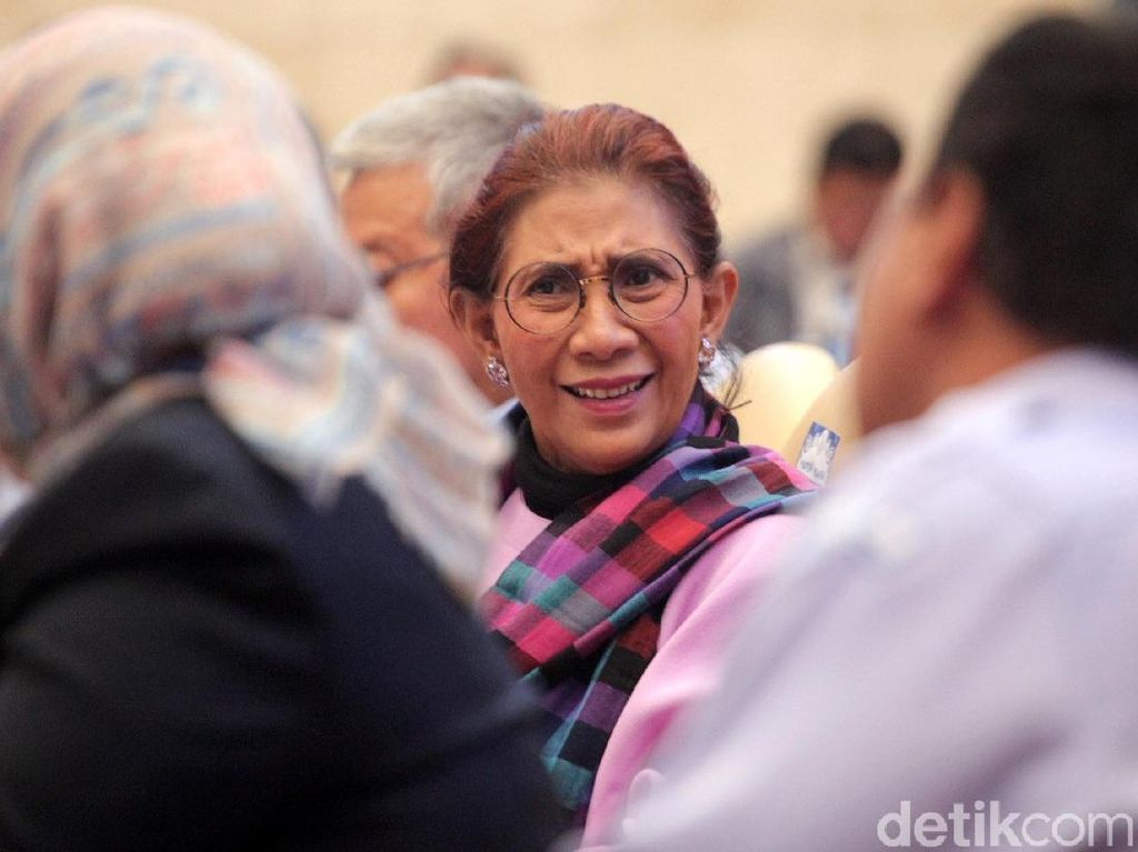 Susi Pudjiastuti Vs Ferdinand Hutahaean di Reply Komentar Cuitan Jokowi
