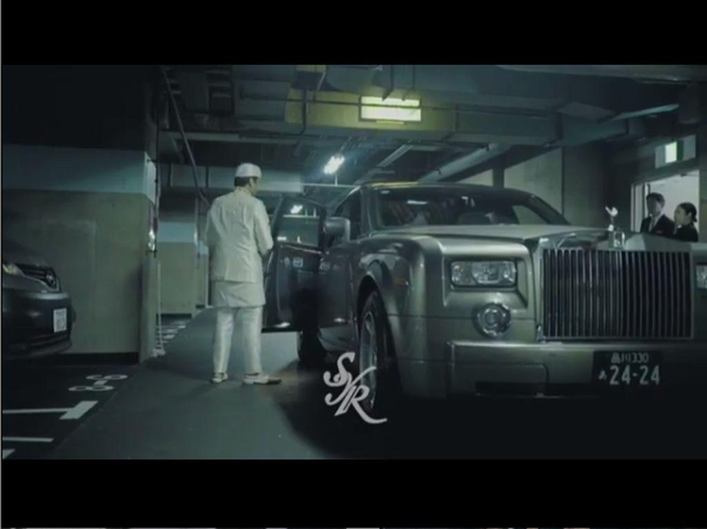Mobil Rp 1,9 M Bupati Pandeglang, Rolls-Royce Pengantin Syahreino