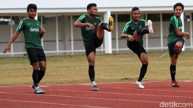 Timnas Indonesia U-23 saat berlatih di Stadion Madya, Senayan.