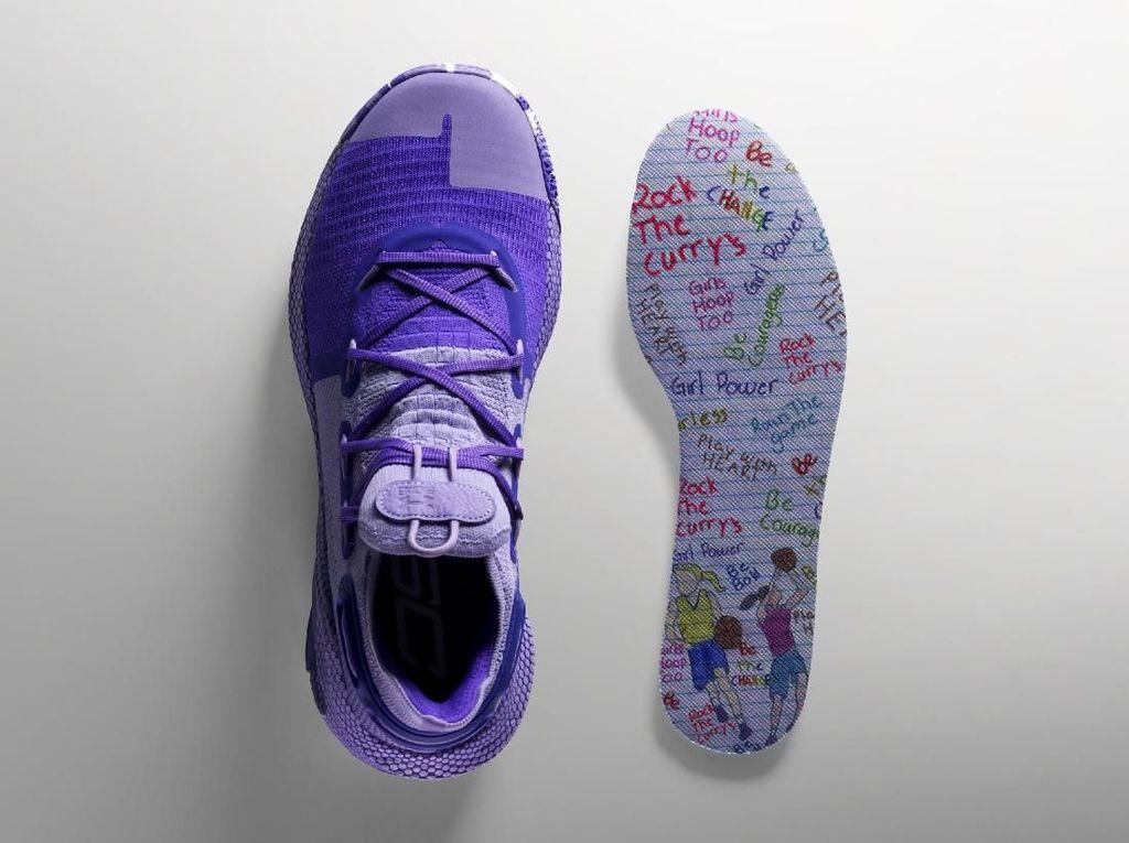Atlet NBA Stephen Curry Buat Sneakers Ditemani Anak 9 Tahun
