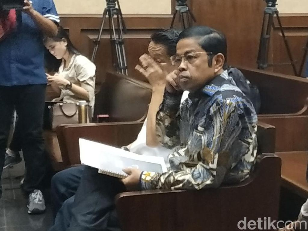 Idrus Marham Jalani Pemeriksaan Terdakwa di Sidang Suap PLTU Riau-1