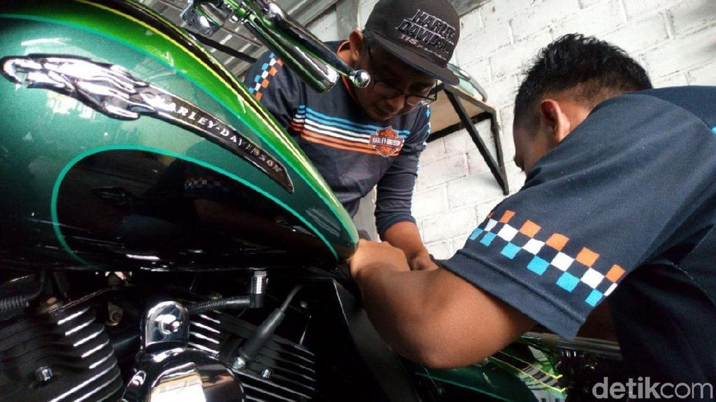 Bengkel Harley Dondi Pernah Servis Moge Gibran