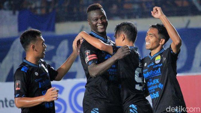 Persib Bandung bertandang ke markas Borneo FC. (Foto: Wisma Putra)