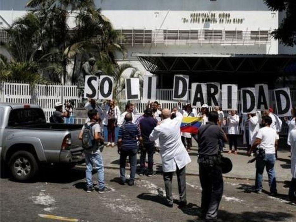 Uni Eropa Imbau Tak Ada Campur Tangan Militer di Krisis Venezuela