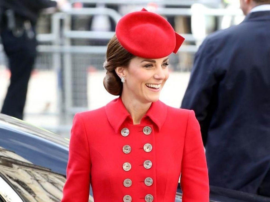 Gaya Kate Middleton Tetap Modis Meski Pakai Gaun yang Sama dari 5 Tahun Lalu