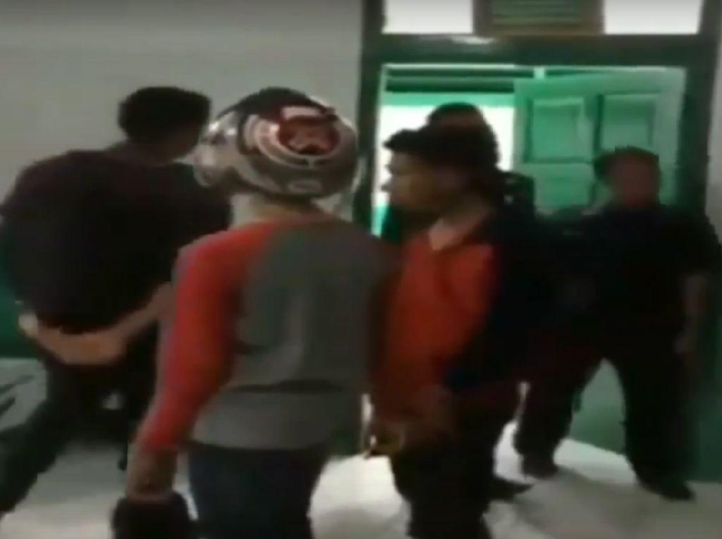 Viral, 2 Remaja Pencuri Helm di Jambi Dikurung di Kamar Jenazah
