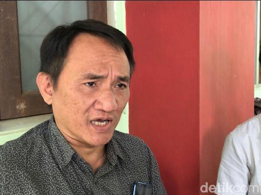 Andi Arief: Jokowi Sebaiknya Pidato Malam Ini Bentuk Pansus Jiwasraya