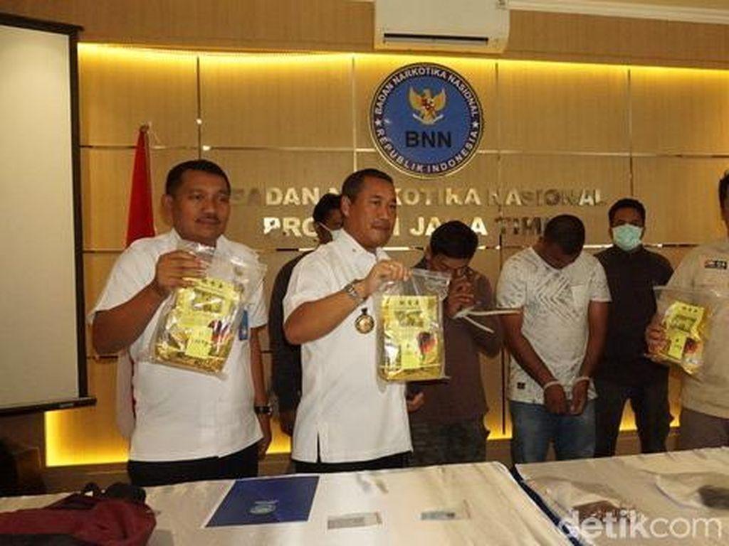 4 Kg Sabu Asal Aceh Gagal Masuk Surabaya, Dua Pengedarnya Dibekuk