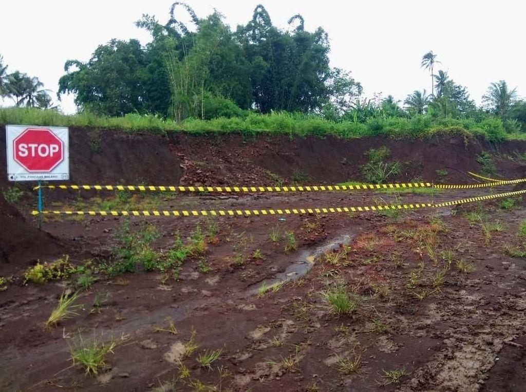 Penampakan Situs Kuno di Tol Pandaan-Malang