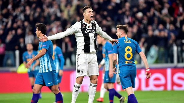 Soccer Football - Champions League - Round of 16 Second Leg - Juventus v Atletico Madrid - Allianz Stadium, Turin, Italy - March 12, 2019  Juventus' Cristiano Ronaldo celebrates scoring their first goal   REUTERS/Massimo Pinca
