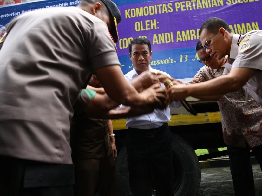 Di Makassar, Mentan Lepas Ekspor Pertanian Sulsel Senilai Rp 800 M