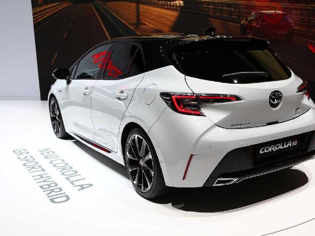 Ketimbang Hatchback, Toyota Lebih Pilih Hadirkan Corolla Sedan