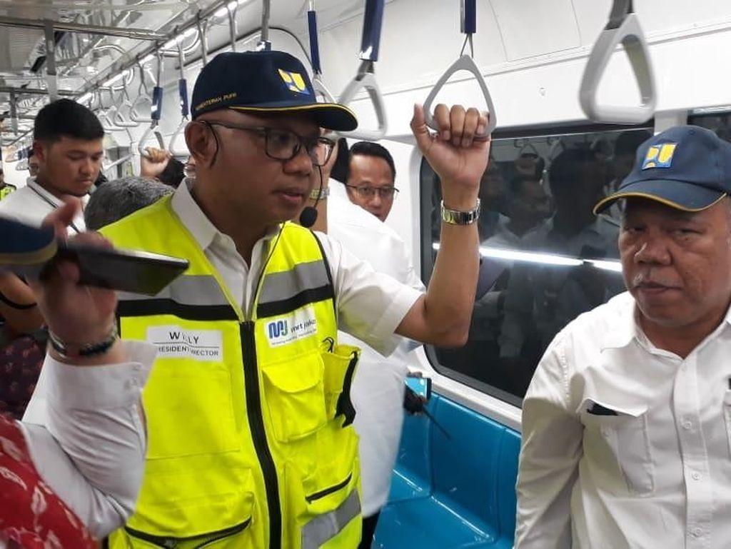 Giliran Menteri PUPR Jajal MRT Jakarta