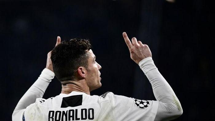 Cristiano Ronaldo diyakini tidak akan sampai diskors karena perayaan gol kontroversial. (Foto: Marco Bertorello/AFP)