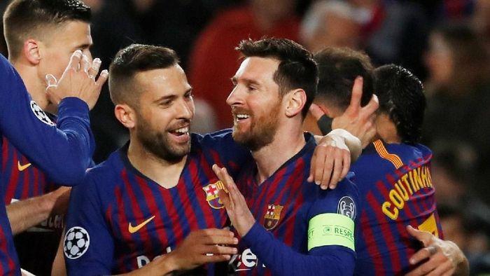 Barcelona tak memposting apapun di akun Instagramnya setelah menang 5-1 atas Olympique Lyon (REUTERS/Susana Vera)