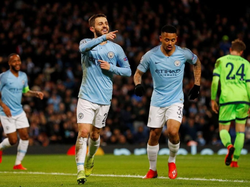 5 Berita Terpopuler: Arsenal ke Tiga Besar dan Empat Tim Berpeluang Raih Treble