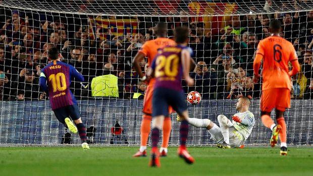Penalti Lionel Messi.