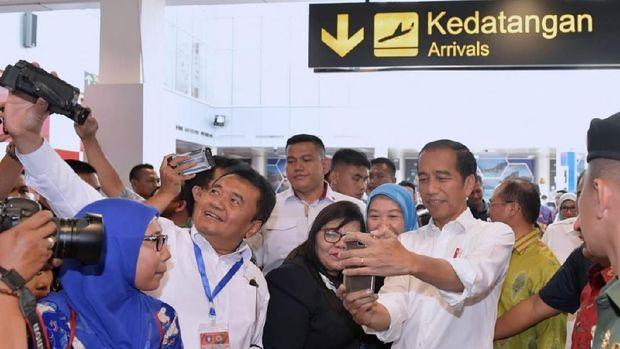 Resmikan Terminal Baru Bandara di Belitung, Ini Kata Jokowi