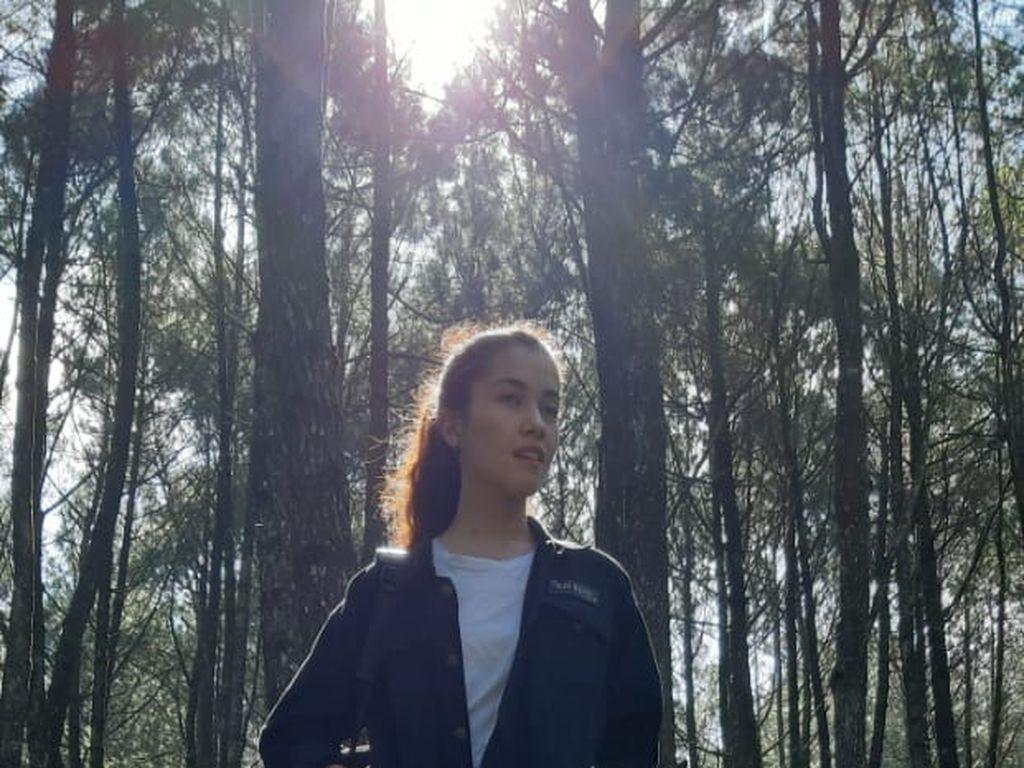 Foto: Si Cantik Chrissie Vanessa Jelajah Bandung yang Menantang!