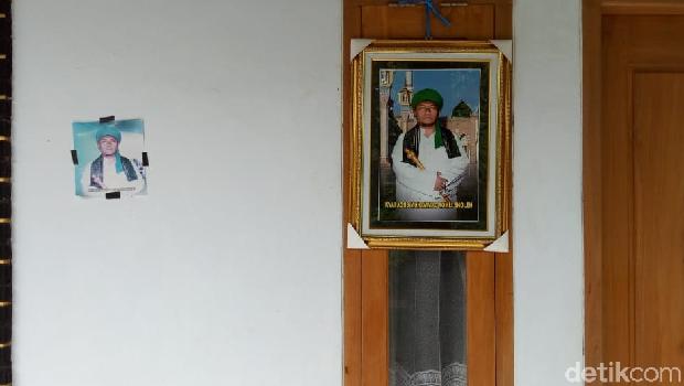 Pengasuh Pondok Bantah Jual Foto Dirinya Rp 1 Juta untuk Anti Gempa