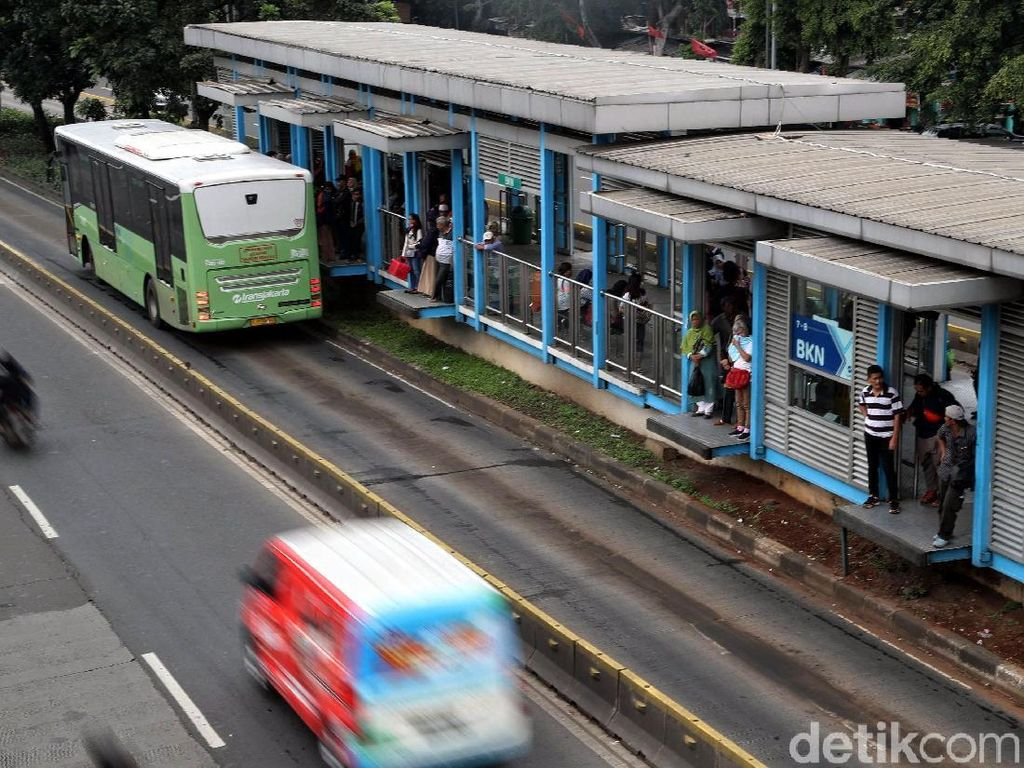 Polisi Hentikan Kasus Sudirman Pelaku Penusukan di Halte TransJ