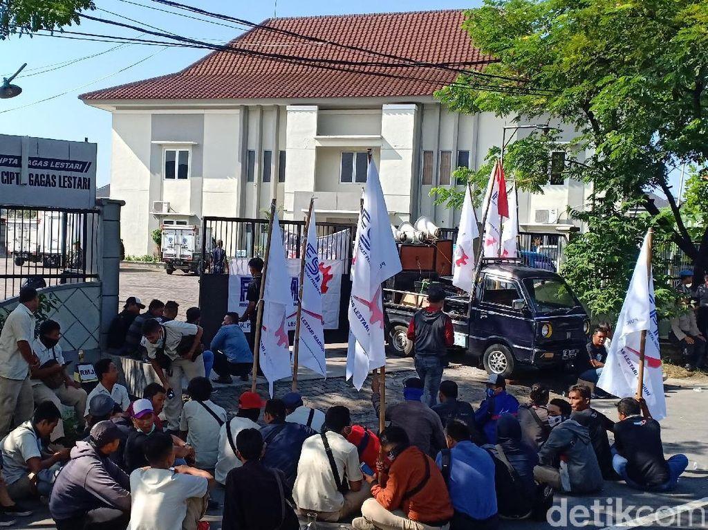 Buruh Pabrik di Kota Madiun Tetap Mogok Kerja, Perusahaan Beri Sanksi